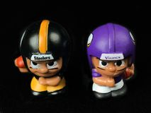 Steelers vs Vikingar Lil Teammates Collectible Toys fotografering för bildbyråer