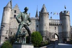 Steen in Antwerpen stock afbeeldingen