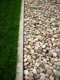 Steen en gras Stock Fotografie