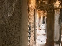 Steen gesneden muur Binnen Angkor Wat Hindoese Tempel kambodja royalty-vrije stock fotografie