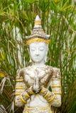 Steen het bidden vrouwenstandbeeld Stock Foto