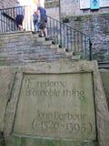 Steen het snijden onder de treden in Edinburgh, Schotland Royalty-vrije Stock Fotografie