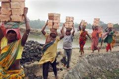 Steenbakkerij in West- Bengalen-India Stock Afbeeldingen