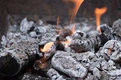 Steenkolen voor kebab in de grill royalty-vrije stock fotografie