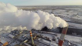 Steenkool-brandende elektrische centrale lucht stock footage