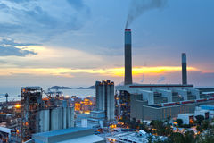 Steenkoolkrachtcentrale Stock Afbeelding