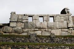 Steenmuur Drie Vensters Machu Picchu Peru South America Stock Foto's