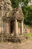 Steenportiek in de geruïneerde tempel van Preah Khan royalty-vrije stock afbeeldingen