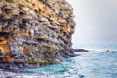 Steenrots op de Zwarte Zee royalty-vrije stock foto