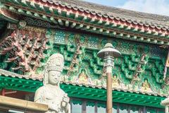 Steenstandbeeld van gwanseeum-Bosal bij Sanbangsa-Tempel Ook het geweten Royalty-vrije Stock Foto's