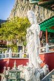 Steenstandbeeld van gwanseeum-Bosal bij Sanbangsa-Tempel Ook het geweten Stock Foto