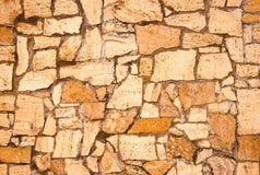 Steentegel met gebroken basalt royalty-vrije stock fotografie