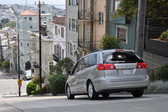 Steep street in San Francisco at Russian Hill Royalty Free Stock Photos