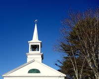 Steeple церков, лопасть погоды, колокольня Стоковые Фотографии RF
