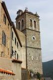 Steeple Mosset wioska w Pyrenees Zdjęcie Royalty Free