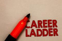 Stege för karriär för ordhandstiltext Affärsidé för den öppna Job Promotion Professional Progress Upward rörlighetsachieveren fotografering för bildbyråer