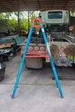 Stege som används i garage royaltyfria foton