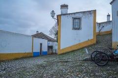 Stegen in de oude stad, in Obidos royalty-vrije stock foto