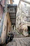 Stegen in Korfu Stock Afbeeldingen