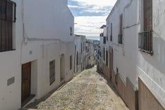 Stegen van vergoelijkte huizen typisch van het dorp van Jerez DE los stock foto's