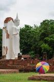Stehender Buddha stockbild