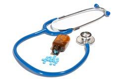 Stehoscope und Pillen Stockbilder