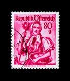 Steiermark, Ennstal, provinzielles Kostüme serie, circa 1958 lizenzfreies stockbild