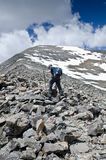 Steigen auf einem Berg Stockbilder