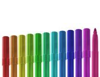 Steigende Reihe der farbigen Markierungen Stockbild