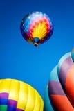Steigender Ballon Stockfoto