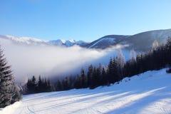 Steigung auf der Skifahrenrücksortierung Lizenzfreie Stockbilder