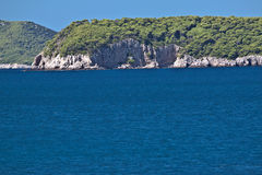 Steile Querneigung, Inseln, adriatisches Meer, Kroatien Lizenzfreies Stockfoto