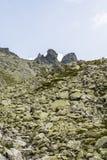 Steile rotsen (Wolowe Rogi (rohy Volie) in de belangrijkste rand Tatras Royalty-vrije Stock Afbeeldingen