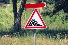 Steile Steigung des Verkehrsschildes Lizenzfreie Stockfotografie
