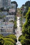 Steile Straßen in San Francisco Stockfotos