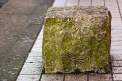 Stein auf Straße Stockfotos