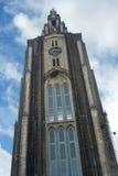 Stein baute Kirche auf Stockfoto