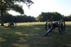 Stein-Fluss-Kanonen Stockfotos