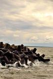 Stein im Wasser Lizenzfreie Stockfotos