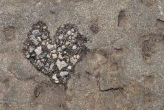 Stein mit einem Herzen Lizenzfreies Stockfoto