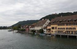 Stein am Rhein sur le Rhin. Photographie stock libre de droits