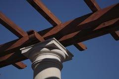 Stein und Holz Lizenzfreie Stockbilder