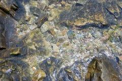 Stein unter Wasser Lizenzfreies Stockfoto