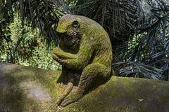 Steinaffestatue im Ubud-Affe-Wald, Bali-Insel Lizenzfreies Stockbild