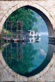 Steinbrücke auf Fluss Drina, Bosnien lizenzfreies stockbild