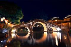 Steinbrücke in Wuzhen Lizenzfreie Stockfotografie
