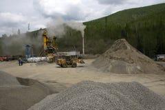 Steinbruch, der Komplex zerquetscht stockfotos