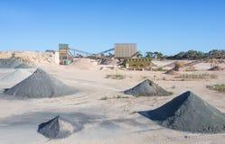 Steinbruch und Asphalt Processing Plant Lizenzfreies Stockfoto
