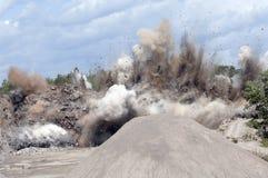 Steinbruchexplosion Stockbild