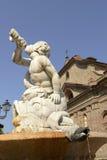 Steinbrunnen bei Acqui Terme, Italien Stockfotos